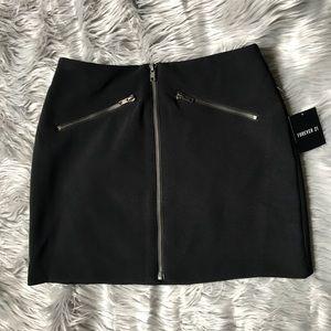 Forever 21 black mini skirt.